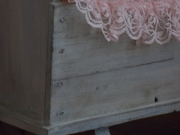 antique baby cradle 015