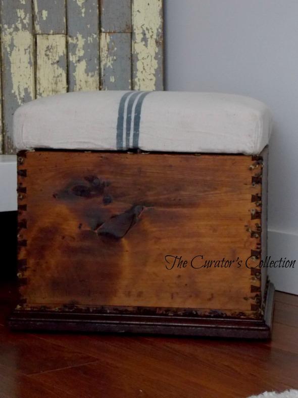 Settee, mid century modern buffet, blanket box 070