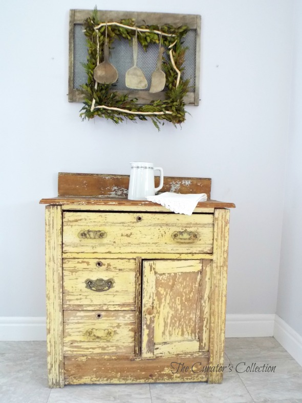 Yellow washstand 1