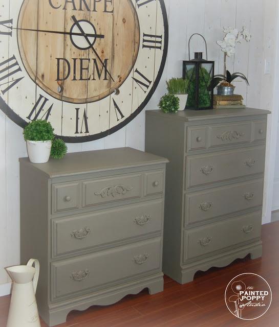 Cobblestone Dressers 4 waternark
