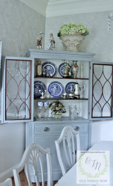 Dining-Room-Hutch-001