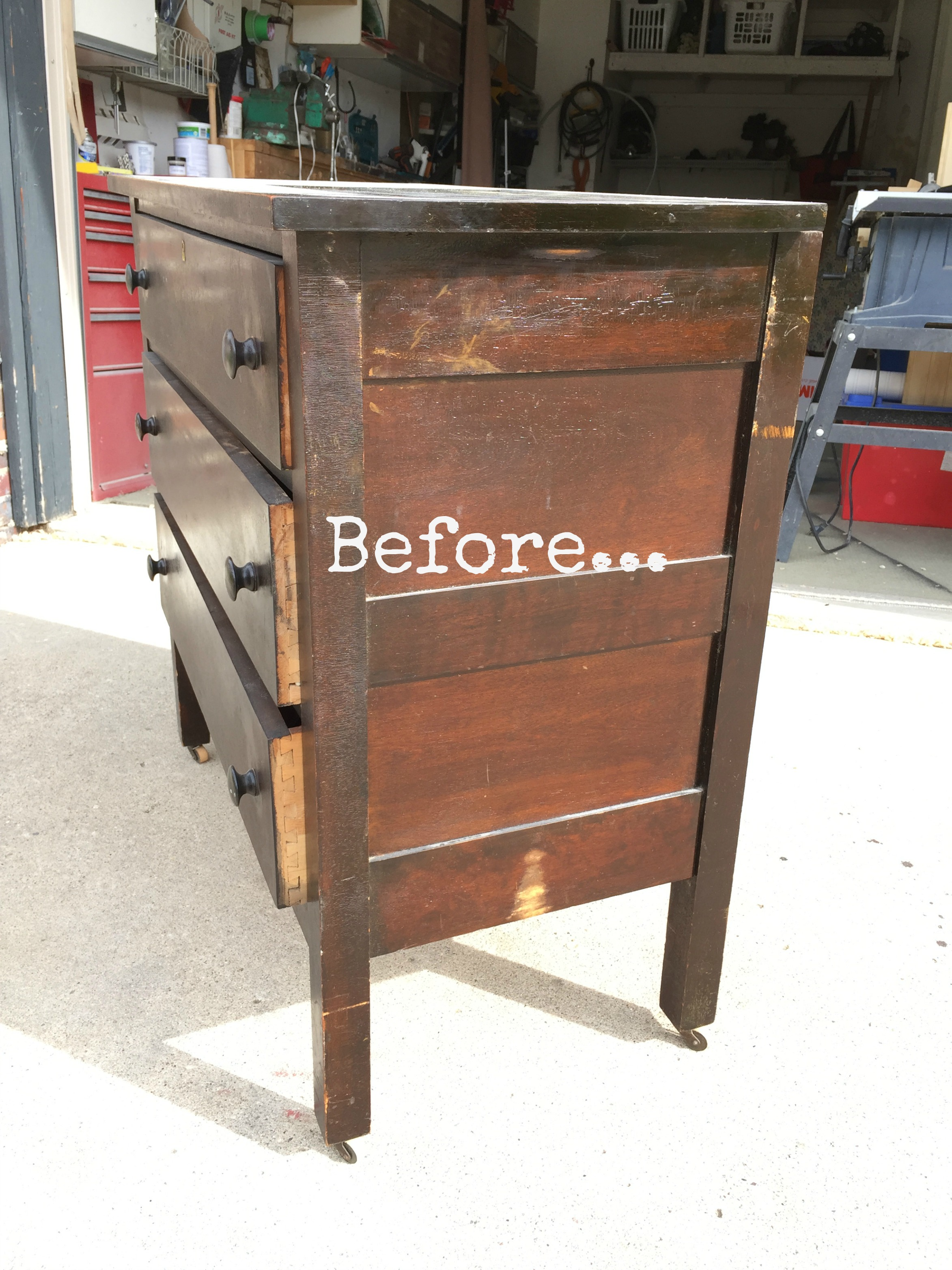 Antique dresser dating